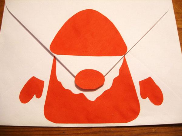 Как украсить новогодний конверт своими руками